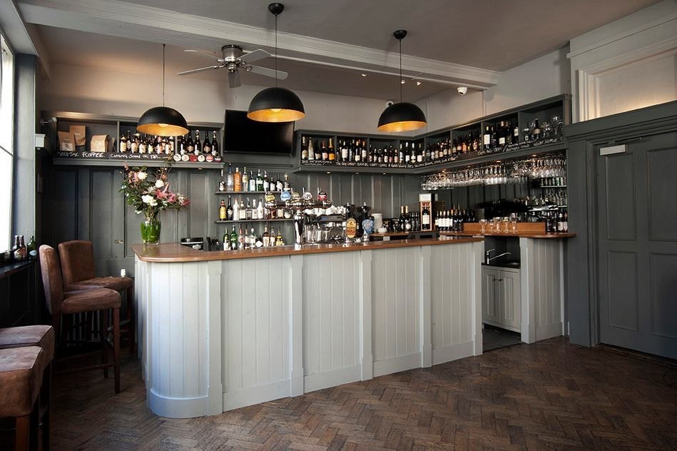 Head into Town for Gin Tasting