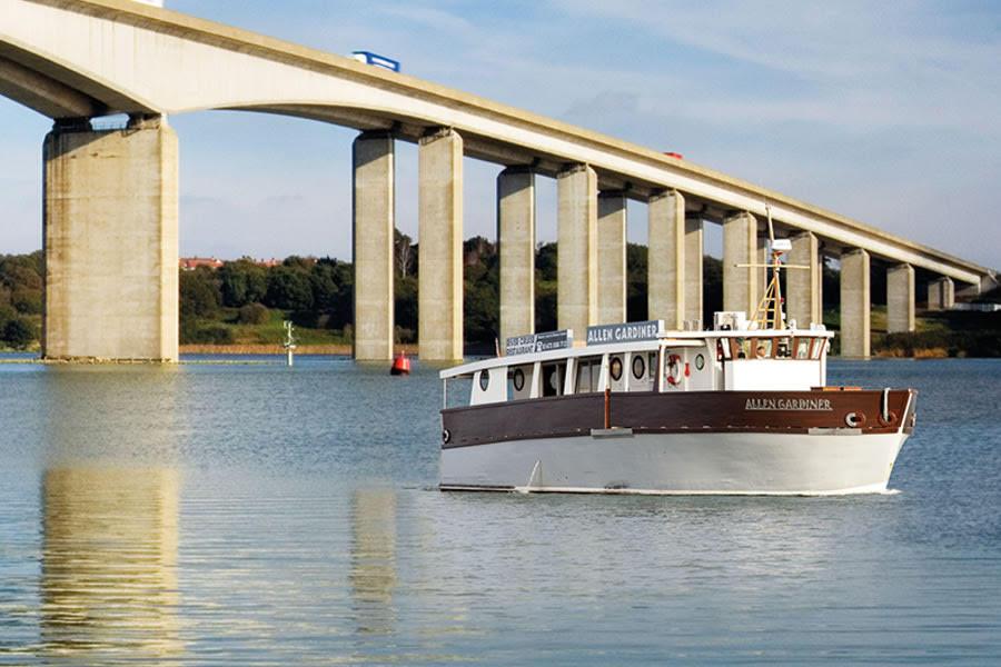 Allen Gardiner River Cruise Restaurant   All About Ipswich