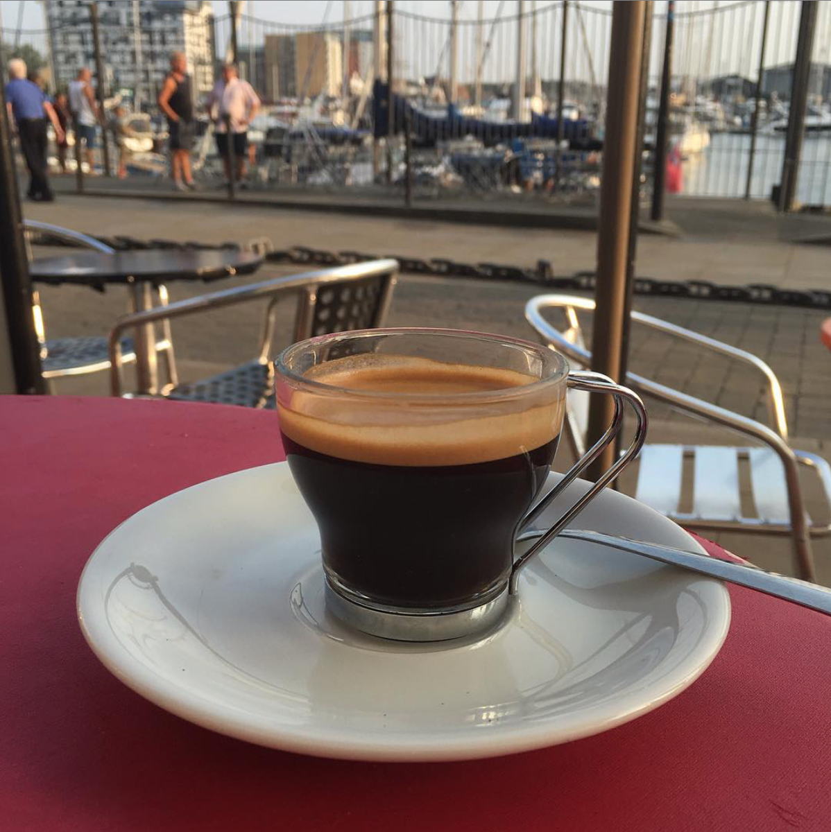 Coffee Cat, Waterfront