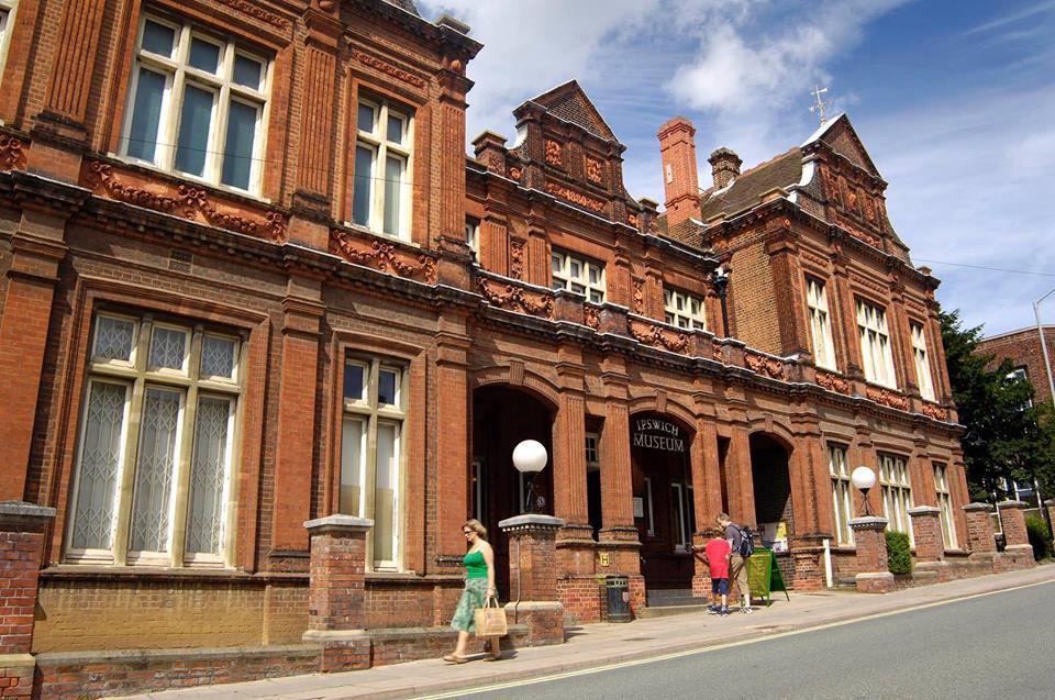Visit Ipswich Museum